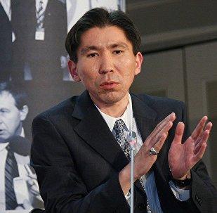 Политолог Досым Сатпаев