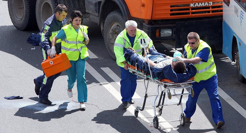Архивное фото тактико-специальных учений по оказанию медпомощи пострадавшим в результате дорожно-транспортного происшествия