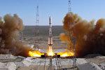 Запуск ракеты-носителя Протон-М со спутниками связи КазСат, архивное фото