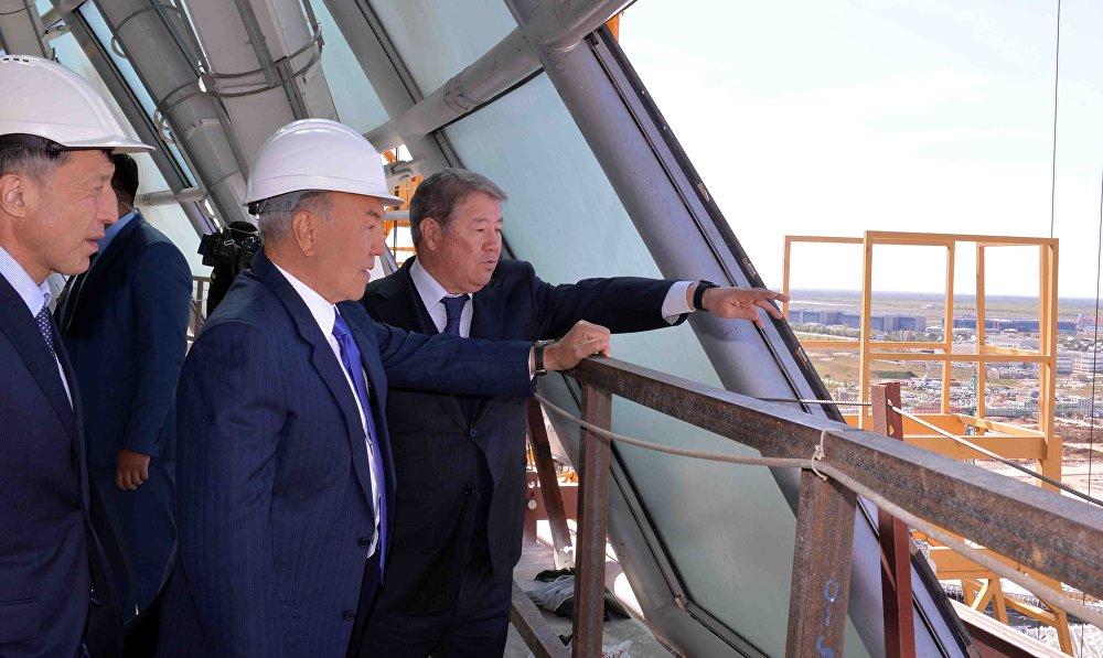 Назарбаев посетил строящийся комплекс ЭКСПО
