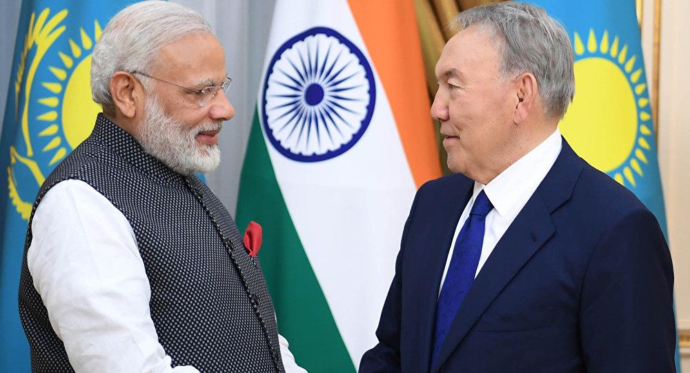 Нурсултан Назарбаев и Нарендра Моди