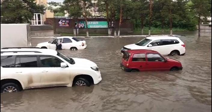 Костанай утопает в дождевой воде