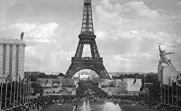 Шамамен 1939 жылға дейін ЭКСПО көрмелері ең алдымен өнеркәсіп жетістіктерін көрсетеді, ғылыми ой индустриалдық дамуға бағытталған. Суретте: Париждегі көрмеге келушілер, 1937 жыл.
