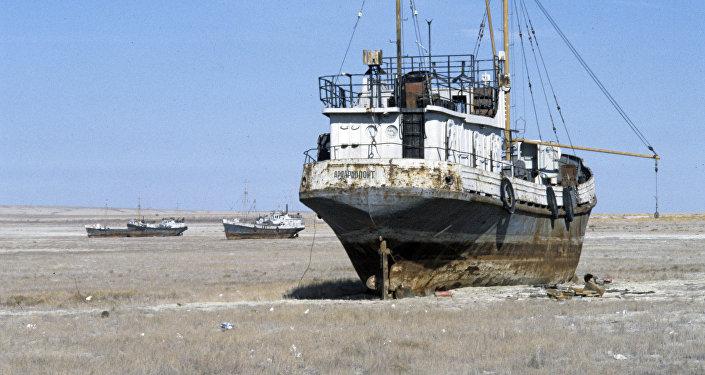 Корабли на барханах Приаралья
