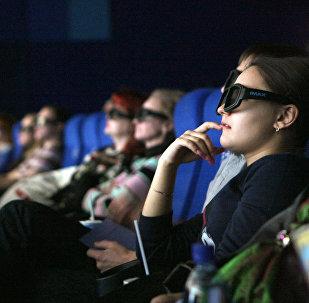 Архивное фото зрителей в кинозале