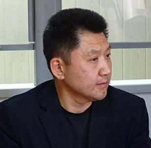 Подсудимый учитель физики карагандинской школы №86 Юрий Пак