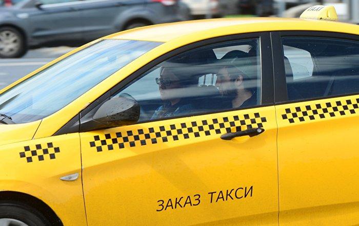 Больше миллиона тенге штрафов заплатят назойливые таксисты в Алматы