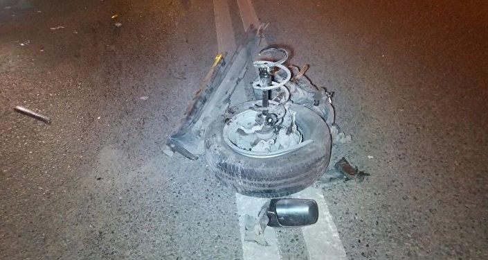 В автомобиле на ходу оторвалось колесо