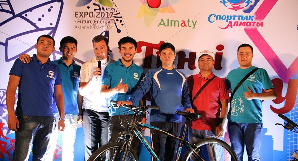 Велопробег прошел в Алматы