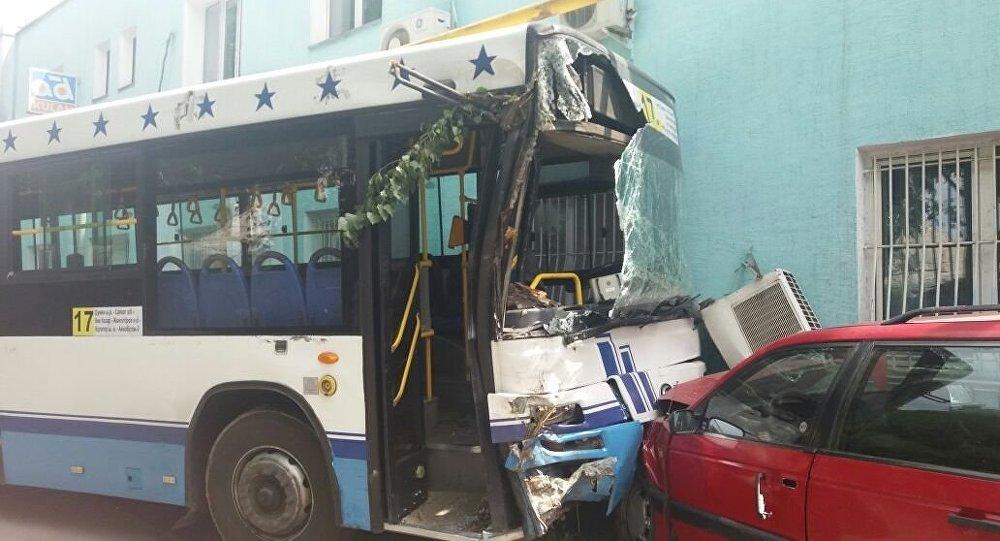 Массовая авария на Сейфуллина