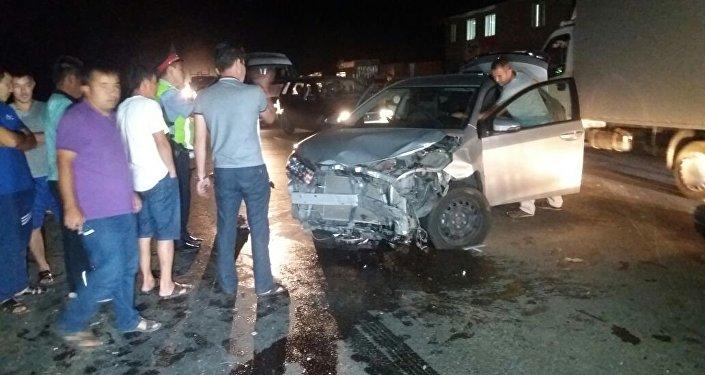 Тойота и Нексия столкнулись в пос. Алгабас