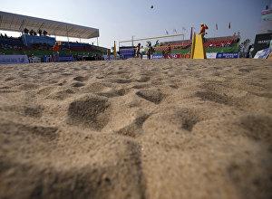 Архивное фото турнира по пляжному волейболу