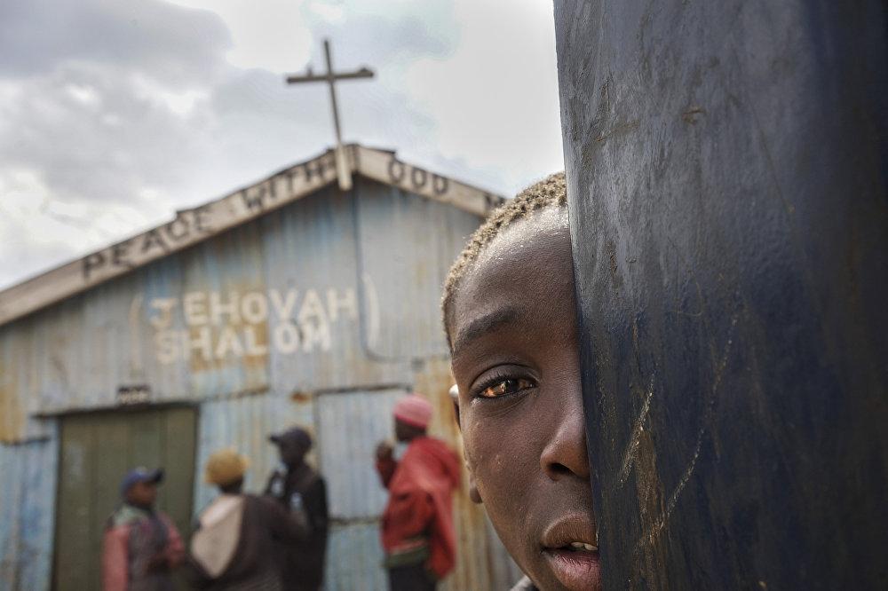 Детям-христианам запрещено заходить в церковь