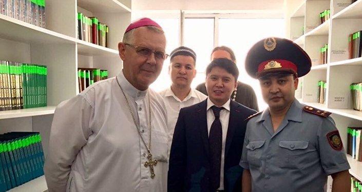 Духовенство посещает колонию строгого режима близ Астаны