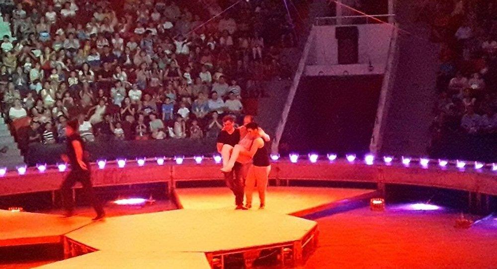 Астана циркіндегі қойылым кезінде даршы құлап кетті