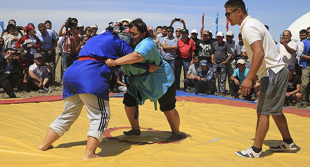 Борьба казакша курес