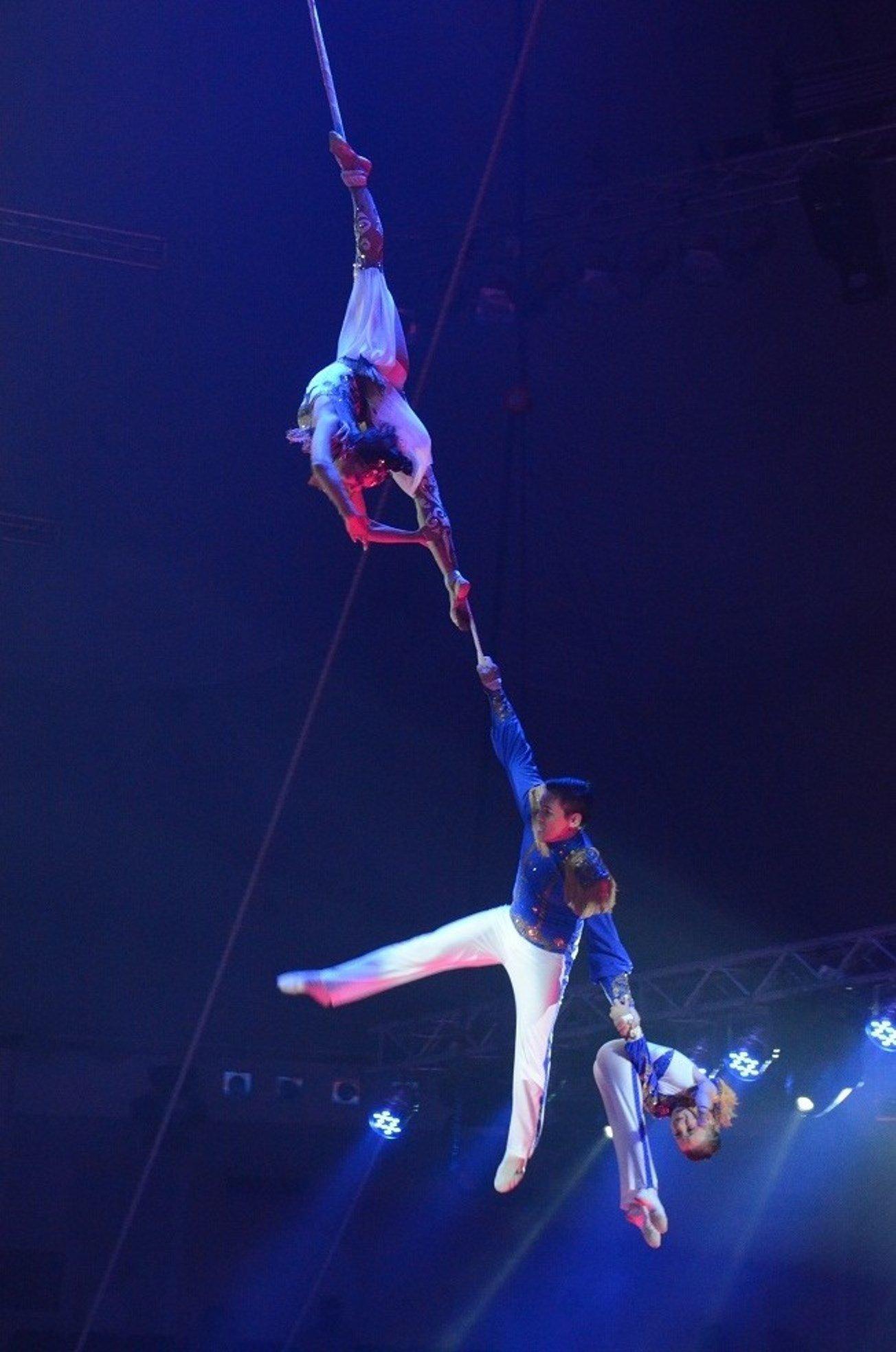 Восьмилетний узбекистанец дебютировал под куполом цирка в ...