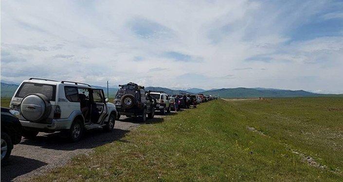 Сообщается обусилении таможенного  контроля награнице сКыргызстаном