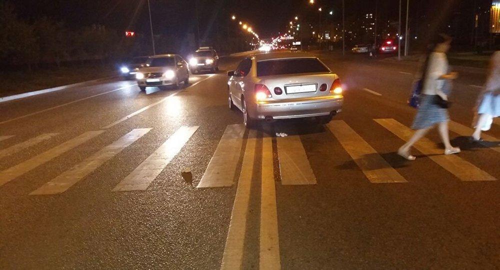 Пешеходов сбили на ул. Момышулы