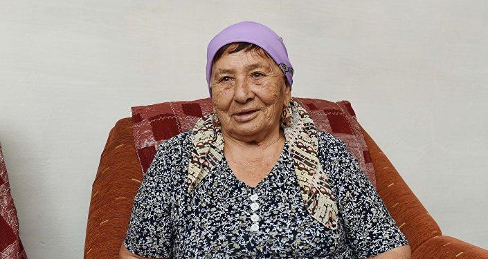 Бабушка-рэпер Мариям Амраева