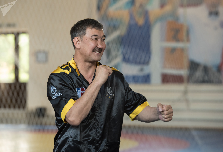 Главный тренер Astana Arlans Нурлан Акурпеков