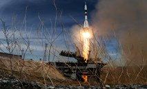 Пуск ракеты-носителя Союз с космодрома Байконур, архивное фото