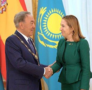 Нурсултана Назарбаева наградили орденом Изабеллы Католической