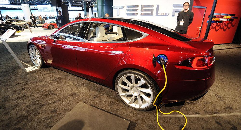 Электрокар Tesla