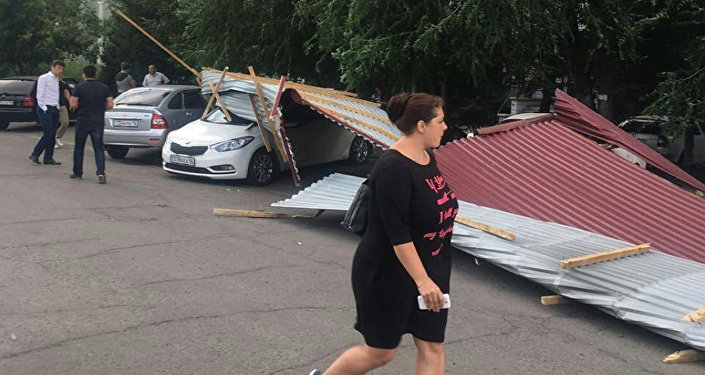 Последствия урагана в Усть-Каменогорске