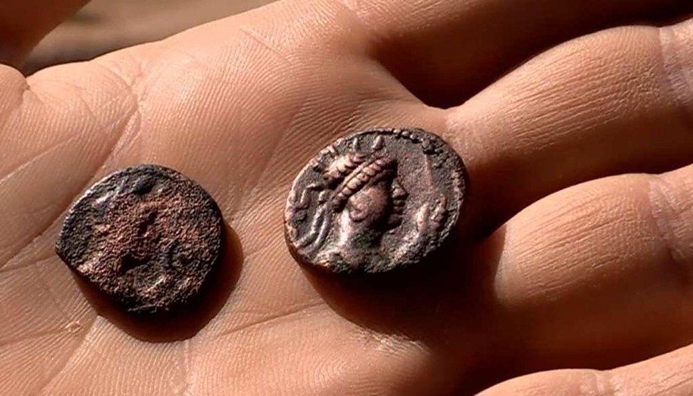 Монета Кушанской империи, найденная при раскопках в ЮКО