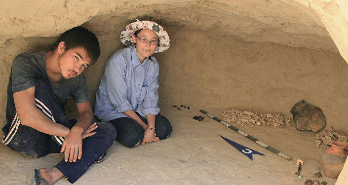 Уникальные древние артефакты были найдены в ходе раскопок археологической практики студентов Южно-Казахстанского государственного педагогического института