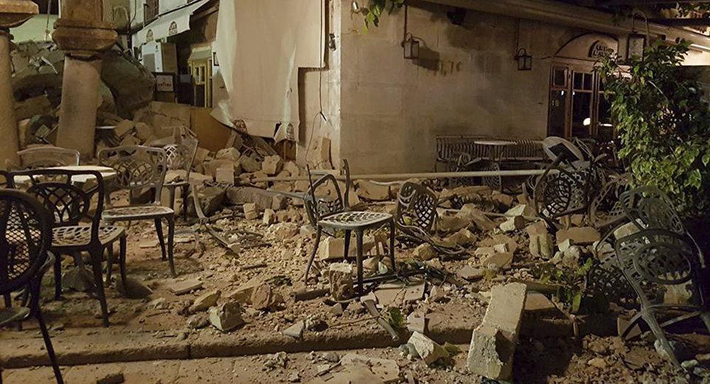 Мощное землетрясение поразило эгейское побережье Турции и близлежащие греческие острова