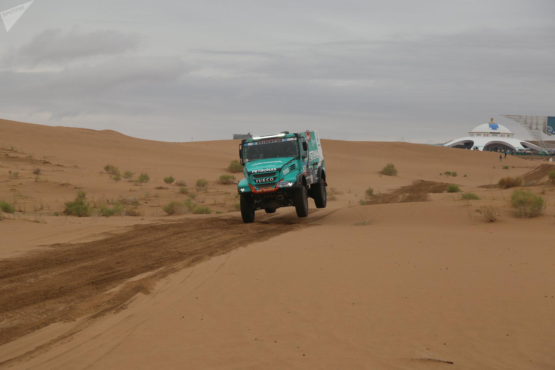 Экипаж Astana Motorsports на ралли Шелковый путь