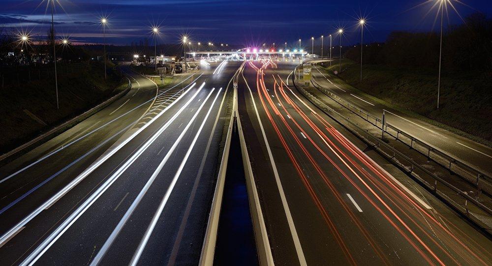 Ночная дорога, архивное фото