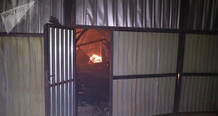 Дома горят в селе Туздыбастау