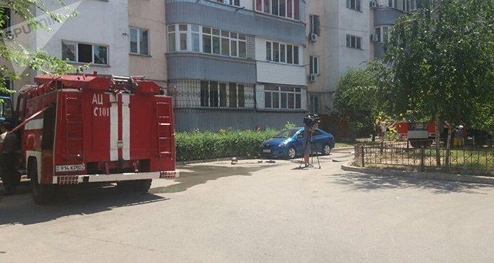 Пожар в жилом доме в Жетысуском районе Алматы