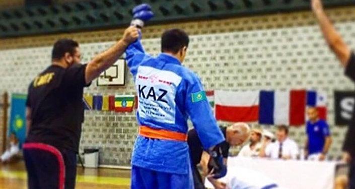 Казахстанец завершил бой одним движением руки на соревнованиях в Хорватии
