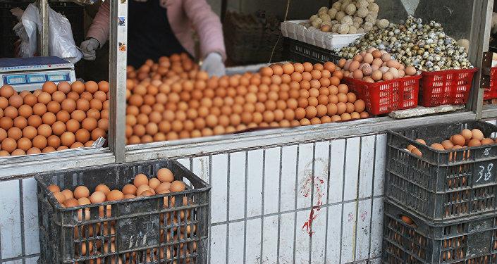 Продавщица яиц