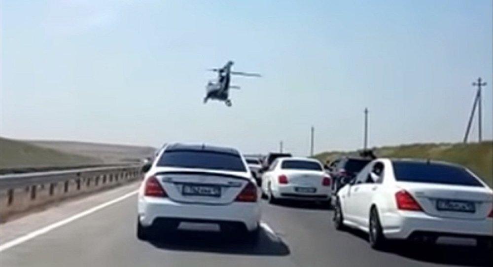 Свадебный кортеж с вертолетом в Шымкенте