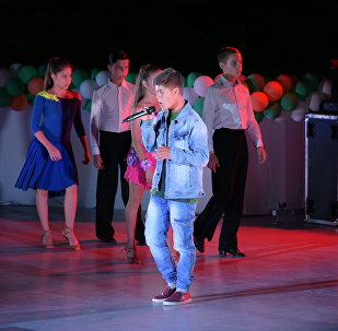 Влад Лоскутов исполнил песню I'm feeling good