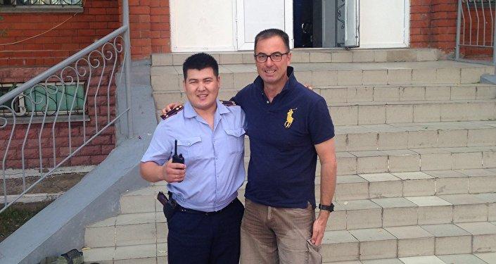 Лейтенант полиции Азамат Балтабаев и старший сержант Жорж Киессер