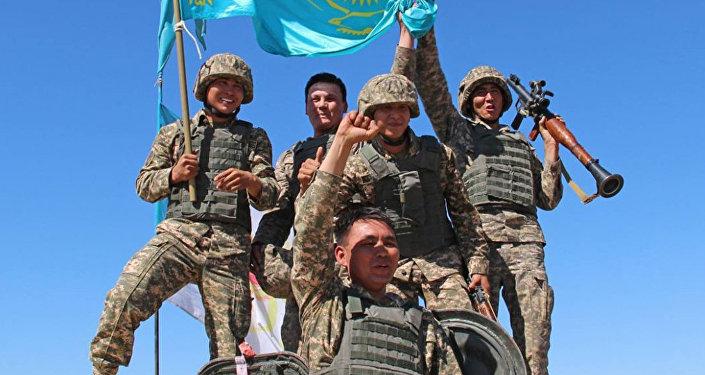 По итогам заключительного этапа конкурса Мастера артиллерийского огня команда Казахстана стала лучшей и заняла почетное первое место