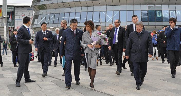 Президент Швейцарии Дорис Лойтхард прибыла с официальной делегацией на ЭКСПО-2017 для празднования Национального дня Швейцарии
