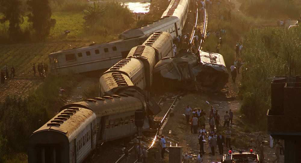Столкновение поездов в египетской Александрии 11 августа 2017