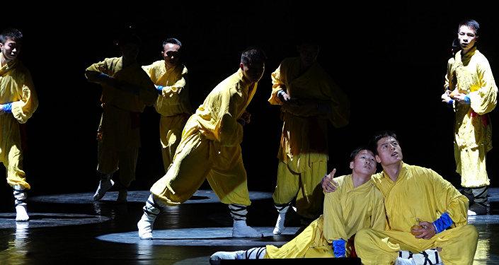 Китайские мастера кунг-фу устроили грандиозное шоу в Астане