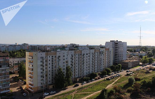 Именно эти девятиэтажки на улице Дзержинского в Гродно можно увидеть в фильме