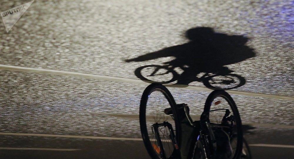 Тень велосипедиста