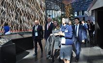 Делегация из Армении в национальном павильоне Казахстана на ЭКСПО