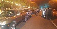 Honda CR-V, Hyundai и Range Rover столкнулись на Богенбая