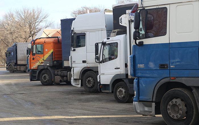 Перевозчики из Кыргызстана побили свой рекорд по нарушениям на дорогах РК